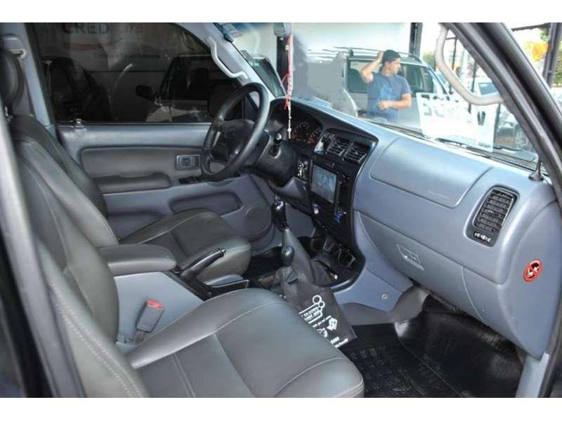 Toyota Hilux 3.0 TDI 4x4 CD STD - Foto #7