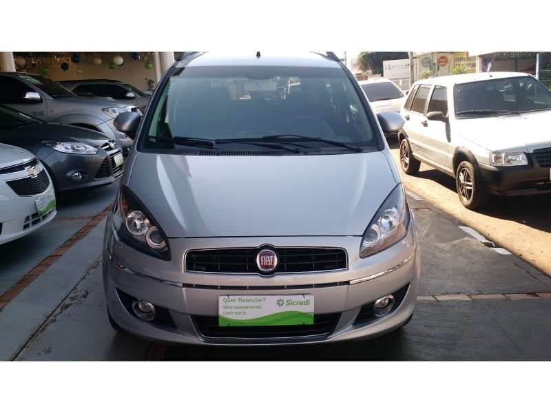 Fiat Idea Essence Italia 1.6 16V (Flex) - Foto #1