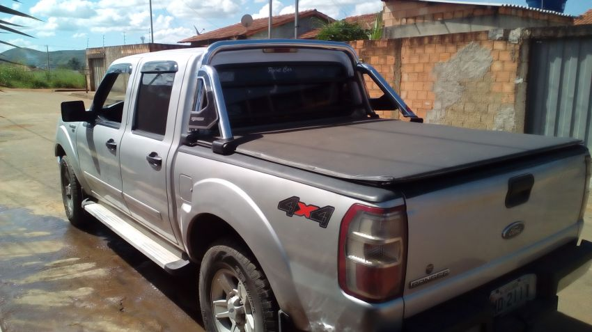 Ford Ranger XL 4x4 3.0 (Cabine Dupla) - Foto #3