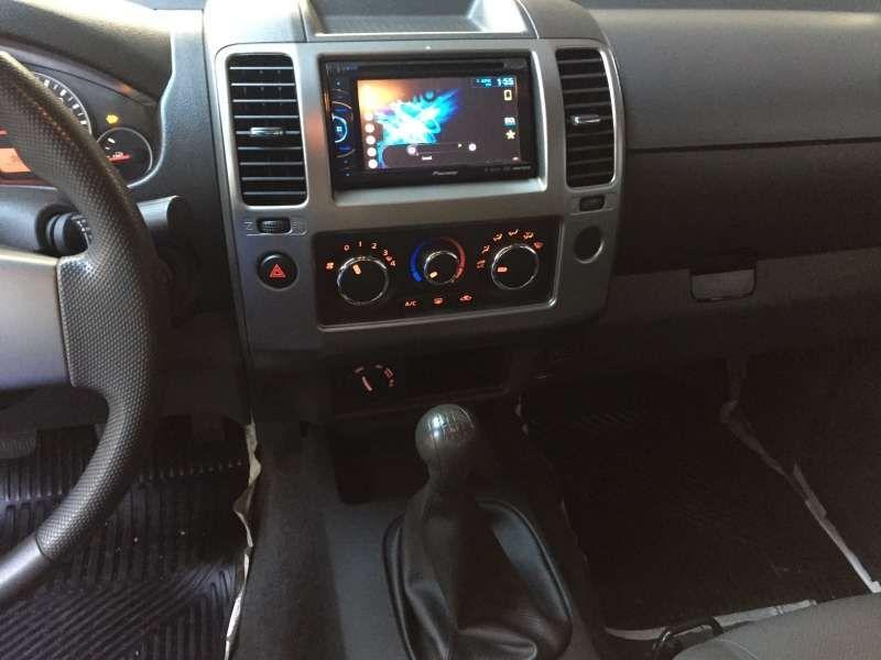 Nissan Frontier 2.5 TD CD 4x4 S - Foto #7