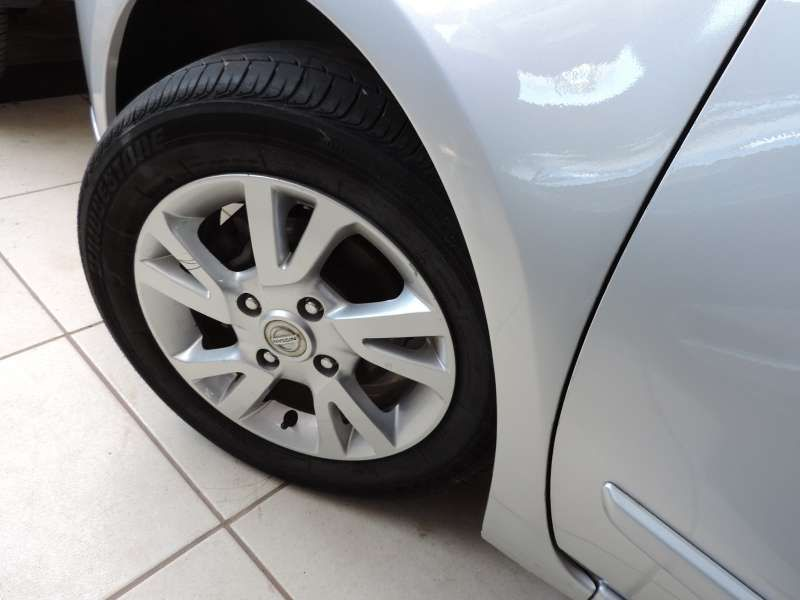 Nissan Livina S 1.8 16V (flex) (aut) - Foto #4