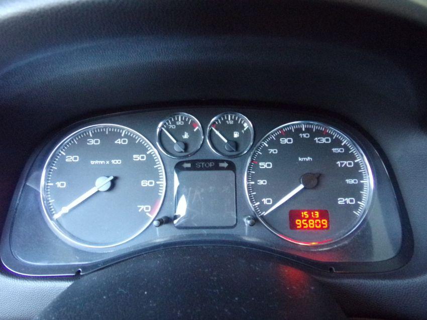 Peugeot 307 Hatch 1.6 16v Presence Pack(10 Anos Brasil)(Flex) - Foto #2