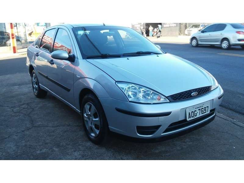 Ford Focus Sedan 1.6 16V GLX (Flex) - Foto #2