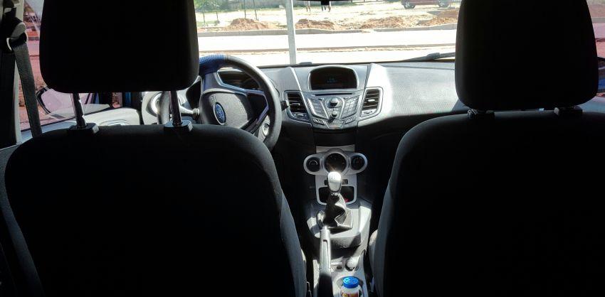 Ford New Fiesta 1.6 SE - Foto #2