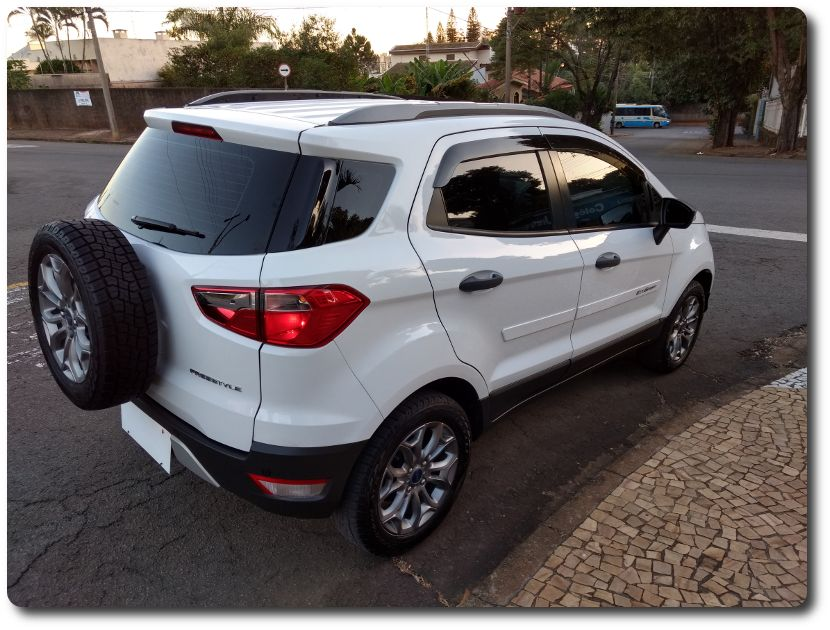 Ford Ecosport Freestyle Plus 1.6 16V (Flex) - Foto #3