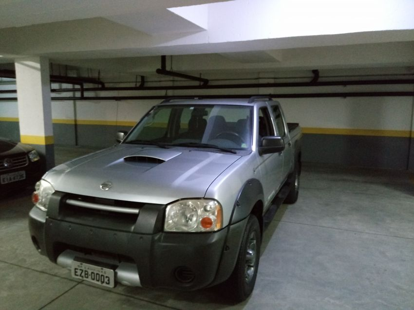 Nissan Frontier XE Attack 4x4 2.8 Eletronic (cab. dupla) - Foto #2