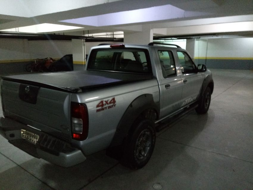 Nissan Frontier XE Attack 4x4 2.8 Eletronic (cab. dupla) - Foto #4