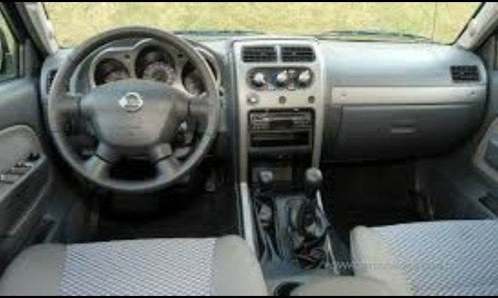 Nissan Frontier SE 4x4 2.8 Eletronic (cab. dupla) - Foto #4