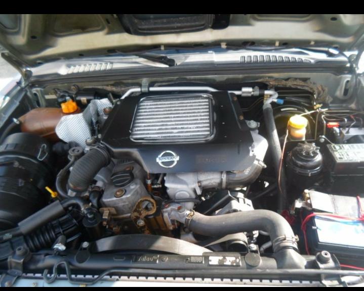 Nissan Frontier SE 4x4 2.8 Eletronic (cab. dupla) - Foto #5