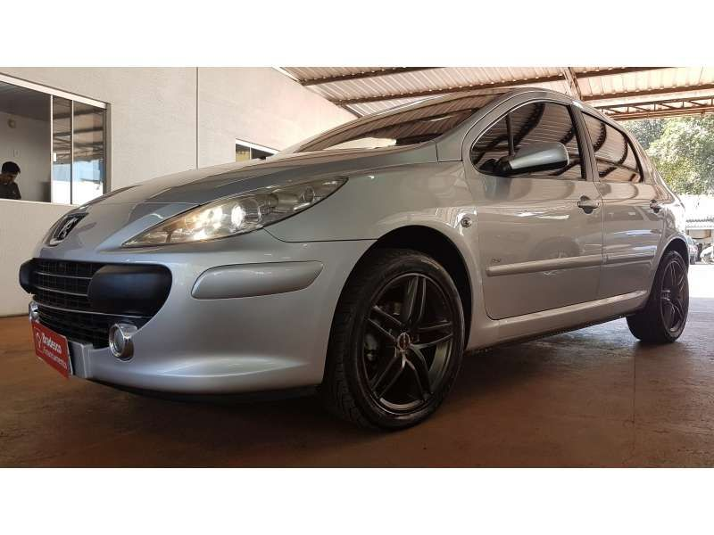 Peugeot 307 Hatch. Presence Pack 1.6 16V (flex) - Foto #8