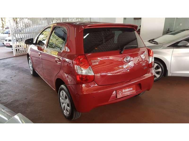 Toyota Etios 1.3 (Flex) - Foto #4