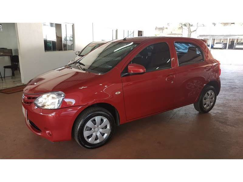 Toyota Etios 1.3 (Flex) - Foto #5