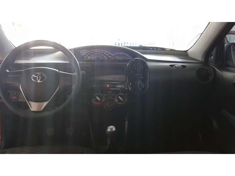 Toyota Etios 1.3 (Flex) - Foto #7