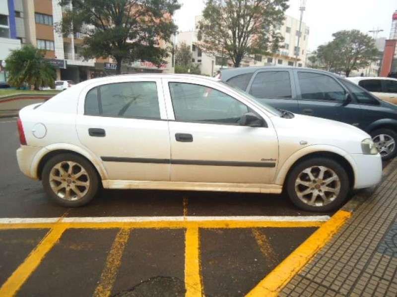 Chevrolet Astra Hatch Comfort 2.0 (Flex) - Foto #1