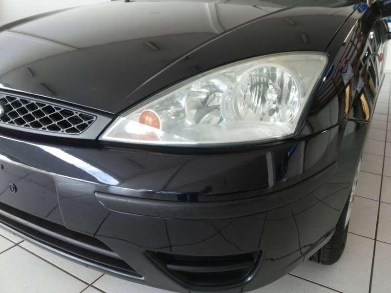 Ford Focus Sedan GLX 1.6 8V - Foto #3