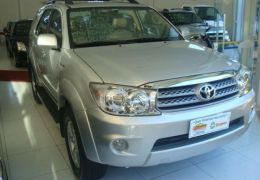 Toyota Hilux SW4 2.7 4x2 SR