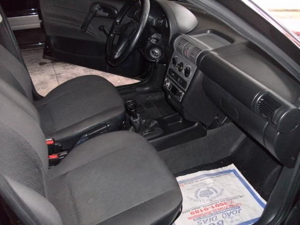 Chevrolet Corsa Sedan Classic Spirit 1.6 - Foto #8