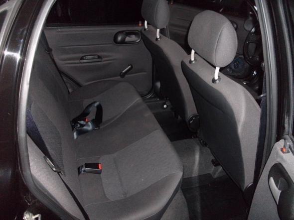 Chevrolet Corsa Sedan Classic Spirit 1.6 - Foto #9