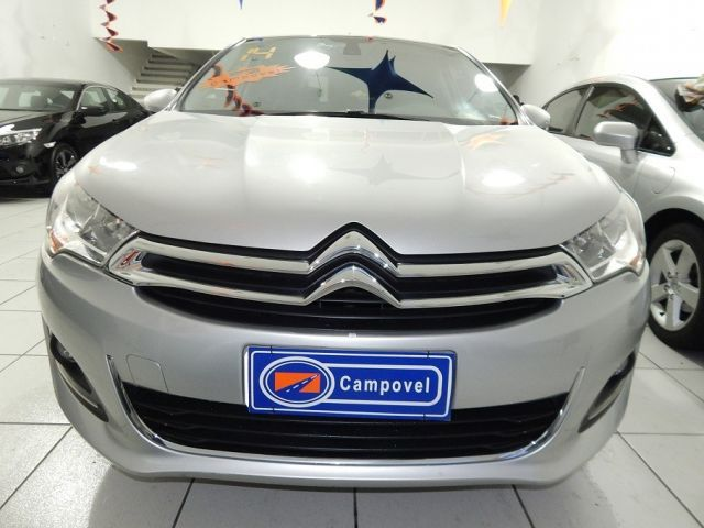 Citroën C4 Lounge Exclusive 2.0i 4c 16V - Foto #1