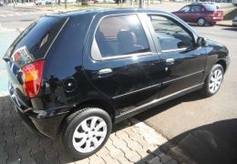 Fiat Palio EL 1.5 MPi 4p