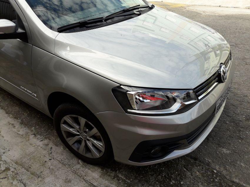 Volkswagen Voyage (G6) Comfortline 1.6 (Flex) - Foto #1