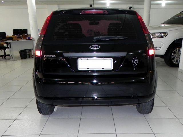 Ford Fiesta 1.6 MPI 8V Flex - Foto #4