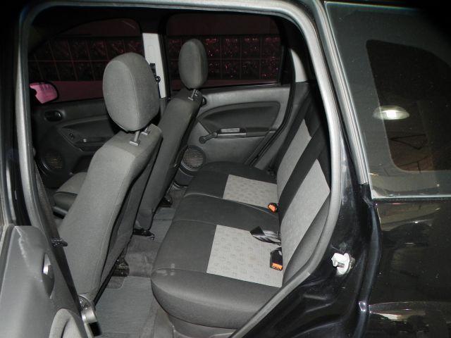 Ford Fiesta 1.6 MPI 8V Flex - Foto #8