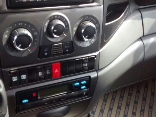 Iveco Daily Gran Furgone 45S17 Turbo Intercooler - Foto #9