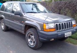 Jeep Cherokee Sport 4.0 V6