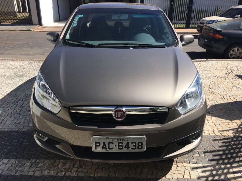 Fiat Grand Siena Essence Dualogic 1.6 16V (Flex) - Foto #1
