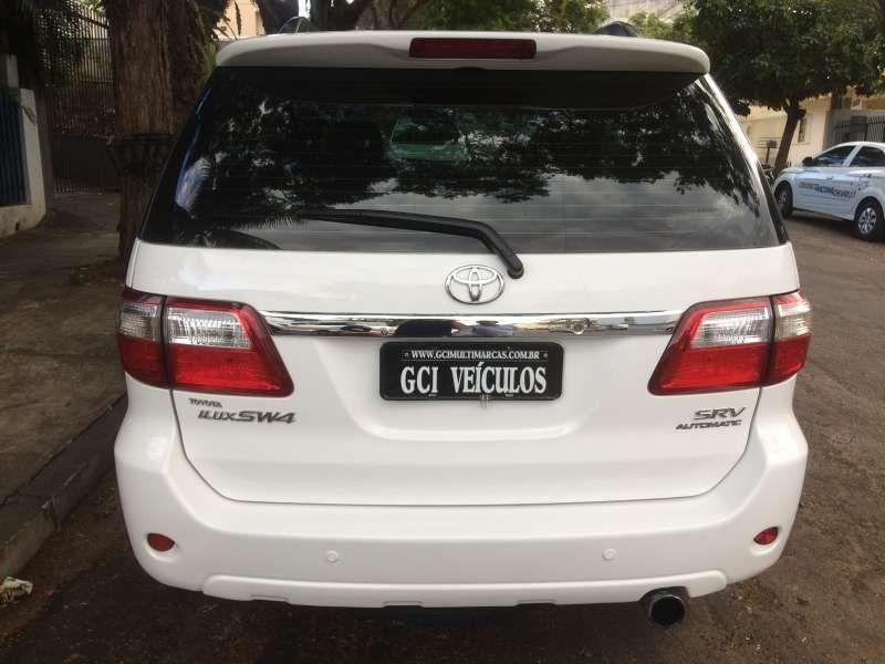 Toyota Hilux SW4 SRV 3.0 4X4(7 Lugares) - Foto #8