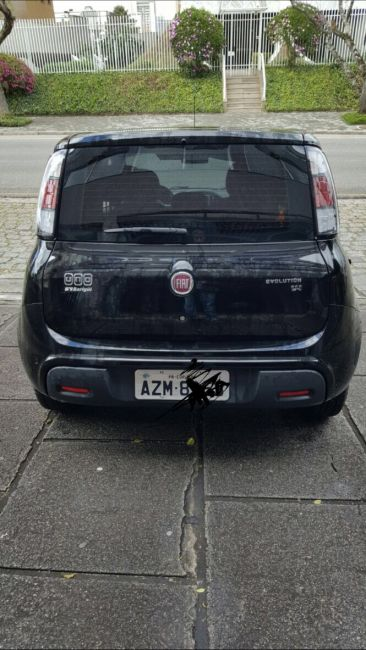 Fiat Uno Evolution 1.4 (Flex) 4p - Foto #2