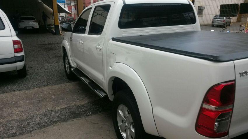 Toyota Hilux 2.7 Flex 4x2 CD SR (Aut) - Foto #6