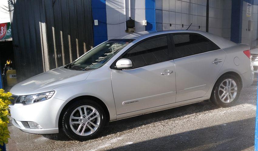 KIA Cerato 1.6 16V (aut)