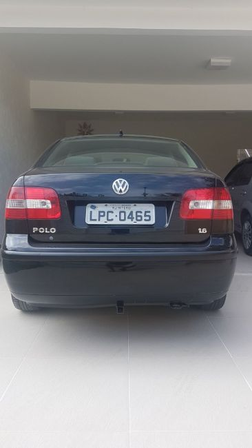 Volkswagen Polo Sedan Comfortline 1.6 8V - Foto #3