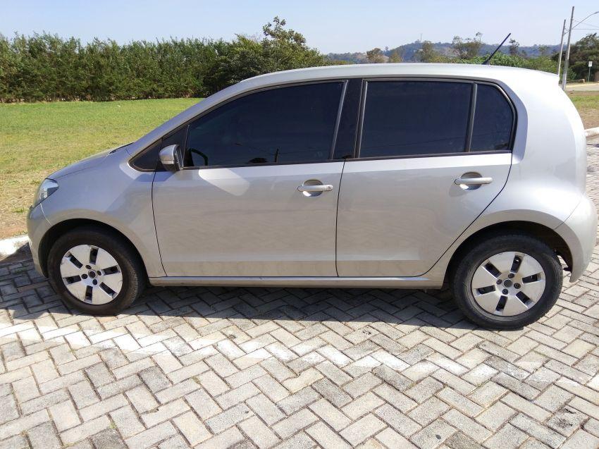 Volkswagen Up! 1.0 12v Move-Up 4p - Foto #1
