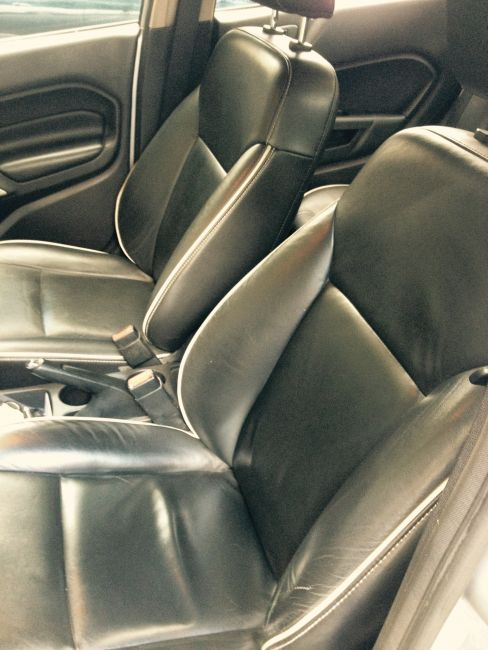 Ford Fiesta Sedan SE Plus 1.6 RoCam (Flex) - Foto #3