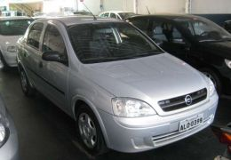 Chevrolet Corsa Sedan Joy 1.0