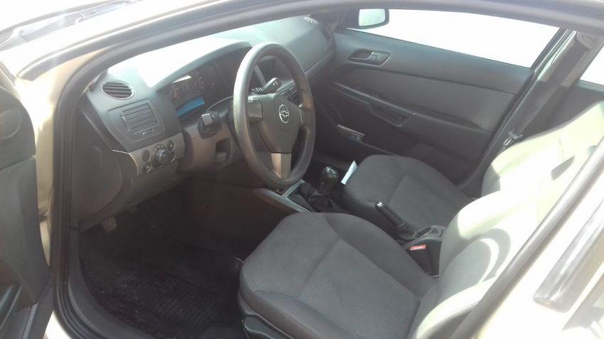 Chevrolet Vectra 2.0 - Foto #2