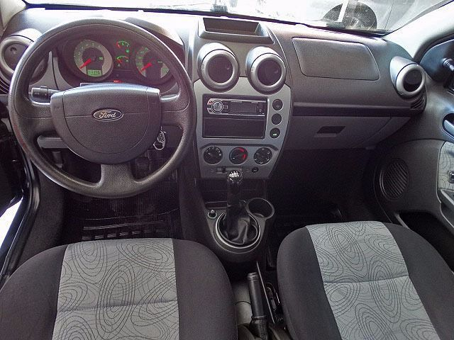 Ford Fiesta Sedan Class 1.6 MPI 8V Flex - Foto #10