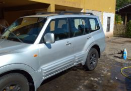 Mitsubishi Pajero 3.2 DI-D Full 5D HPE 4WD