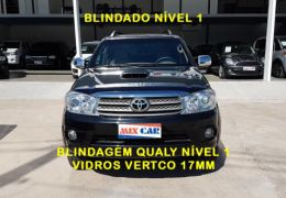 Toyota Hilux SW4 SRV 3.0 4X4(7 Lugares)
