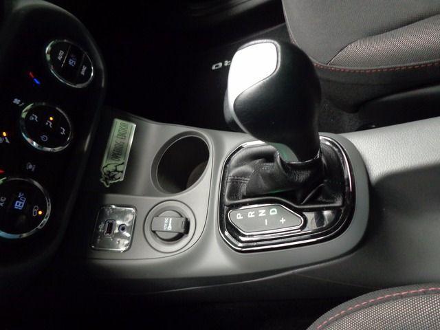 Fiat Toro Freedom + Opening Edition 1.8 16v AT6 - Foto #7