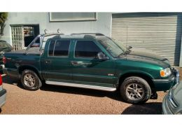 Chevrolet S10 Luxe 4x4 2.8 (Cabine Dupla)