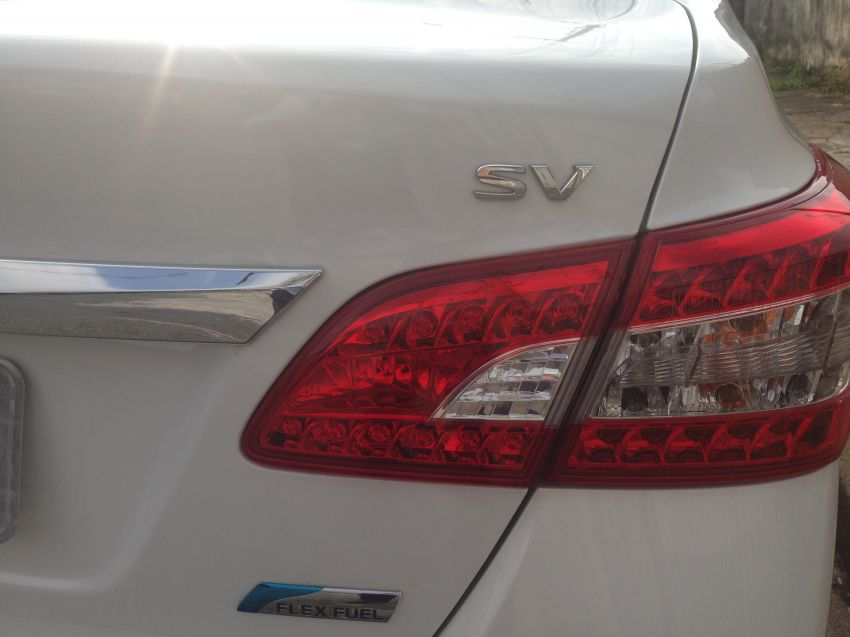 Nissan Sentra SV 2.0 16V CVT (Aut) (Flex) - Foto #2