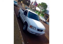 Chevrolet S10 Luxe 4x2 2.5 (Cab Simples)