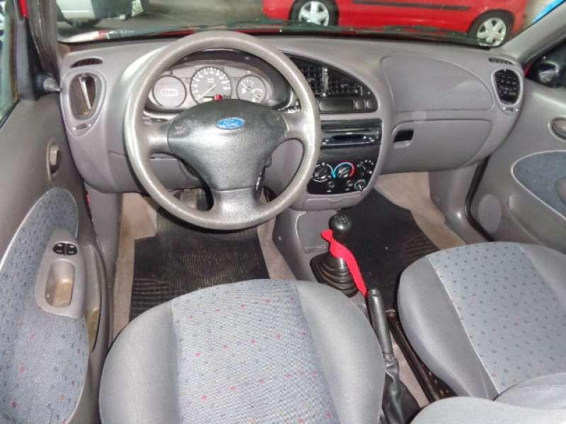 Ford Fiesta Hatch Street 1.0 MPi 4p - Foto #4