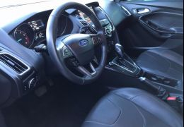 Ford Focus Hatch Titanium 2.0 PowerShift
