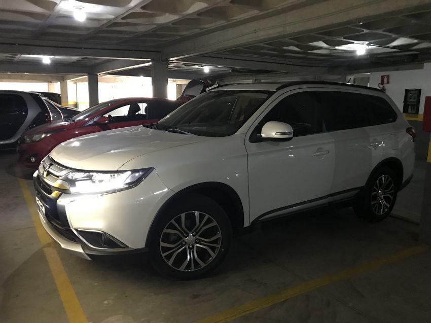 Mitsubishi Outlander 2.0 16V (aut) - Foto #3