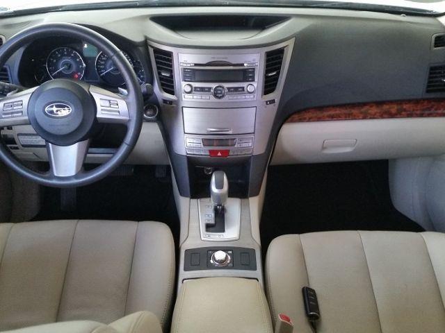 Subaru Outback 4X4 3.6 24V - Foto #6